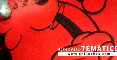 Bordado temático Mickey Mouse